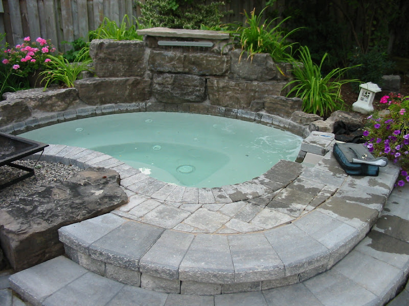 Varieties of Inground Hot Tubs title=