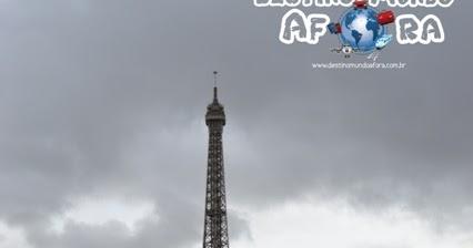 Compra de tickets para a Torre Eiffel