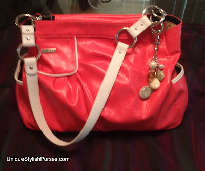 Pat Prima Shell with White Linked Fashion Handles