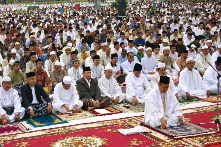 Tata Cara Bacaan Bilal Shalat Idul Fitri