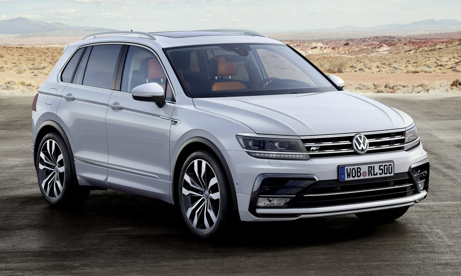 new volkswagen tiguan steps out in frankfurt w videos. Black Bedroom Furniture Sets. Home Design Ideas