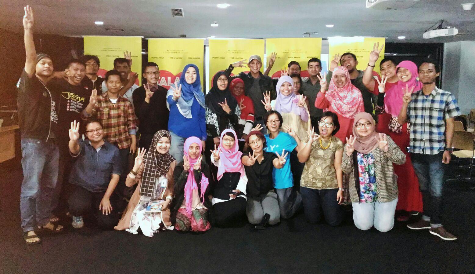 Sapa Dunia Produk Ukm Bumn Sajadah Anak Laki Acara Mini Confrence Film Talak 3 Foto Dari Wa Group Kopi