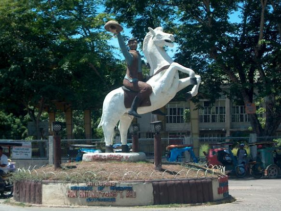 Rodeo statue in Masbate City, Bicolandia