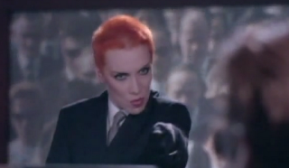 videos-musicales-de-los-80-eurythmics-sweet-dreams-are-made-of-this