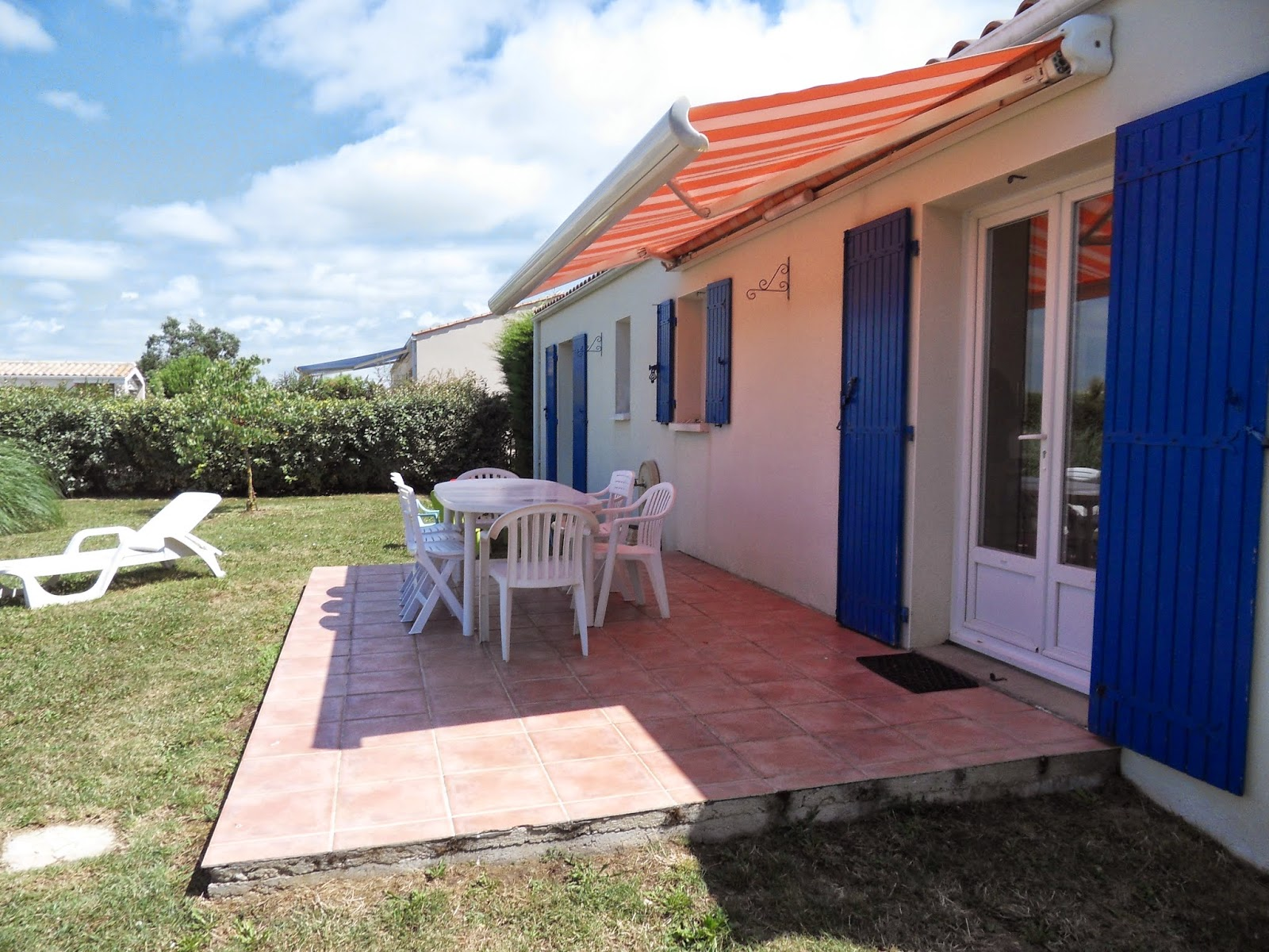 http://www.location-saint-georges-d-oleron.com/pages/maison-lefevre-pour-4-personnes-1.html