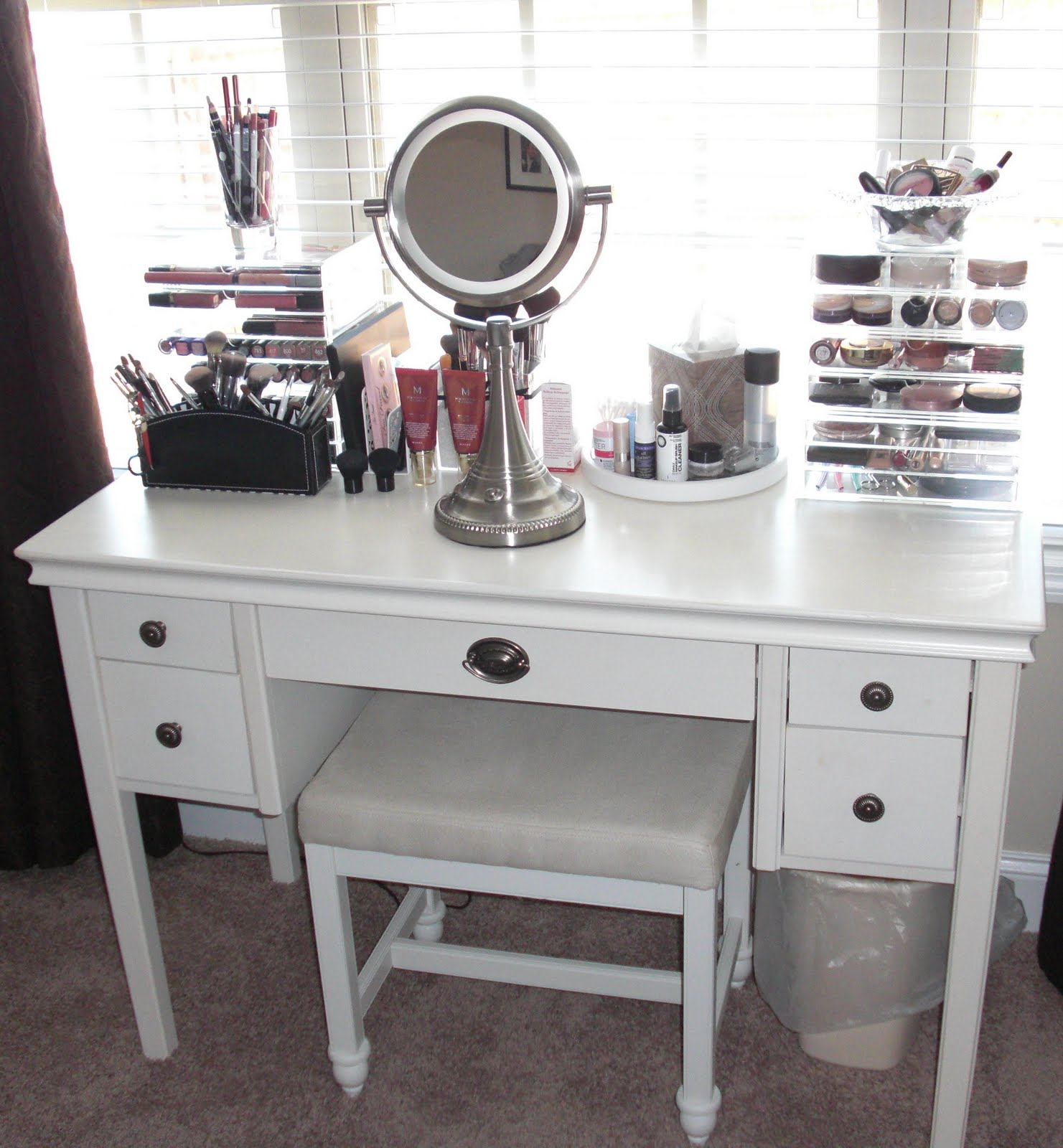 Vanity Lights Kmart : : Makeup Storage