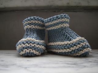 roupinhas e sapatinhos para bebê