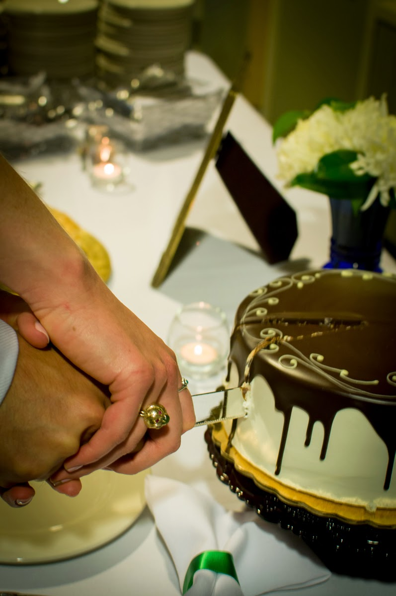 Time to cut the wedding cake - Patricia Stimac, Seattle Wedding Officiant