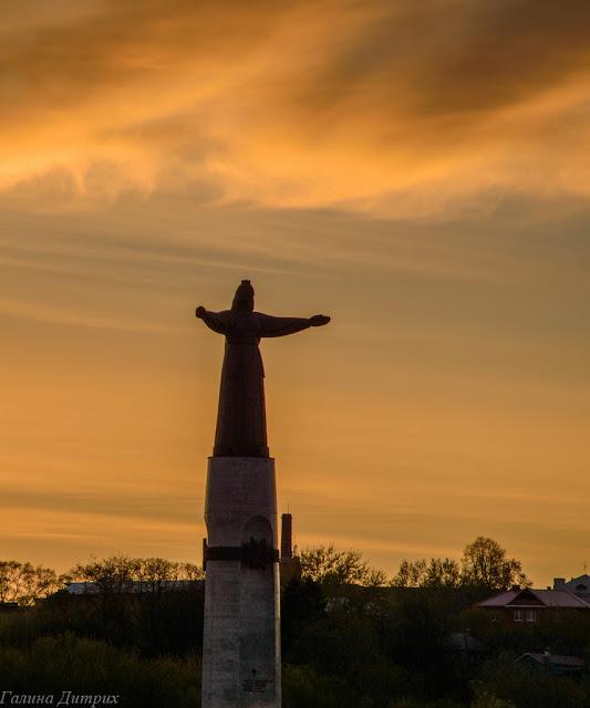 Путешествия: О жизни: Альбом пользователя GalaDietrih: Чебоксары памятник матери