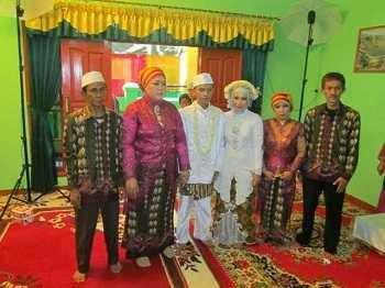 Hajatan Acara Pernikahan