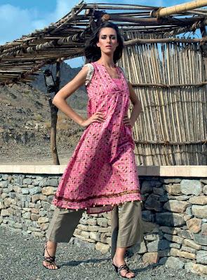 http://2.bp.blogspot.com/-meSKSzjMHPo/Tl-jZN8wZ9I/AAAAAAAAAiA/UV7bFpTdEu4/s400/Lovely+Summer+dresses+%25287%2529.jpg