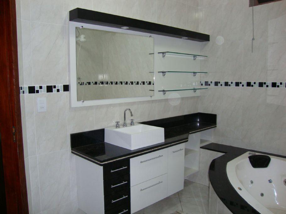 decoracao de banheiro vermelho e branco:REFORMA É TUDO DE BOM..LENEKARMO: Banheiro Preto e Branco,Vermelho