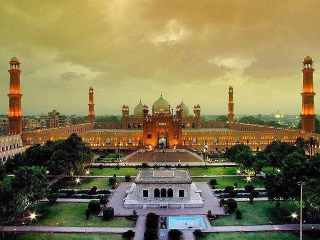 Rahasia yang tak Terungkap dari Masjid Badshahi Lahore