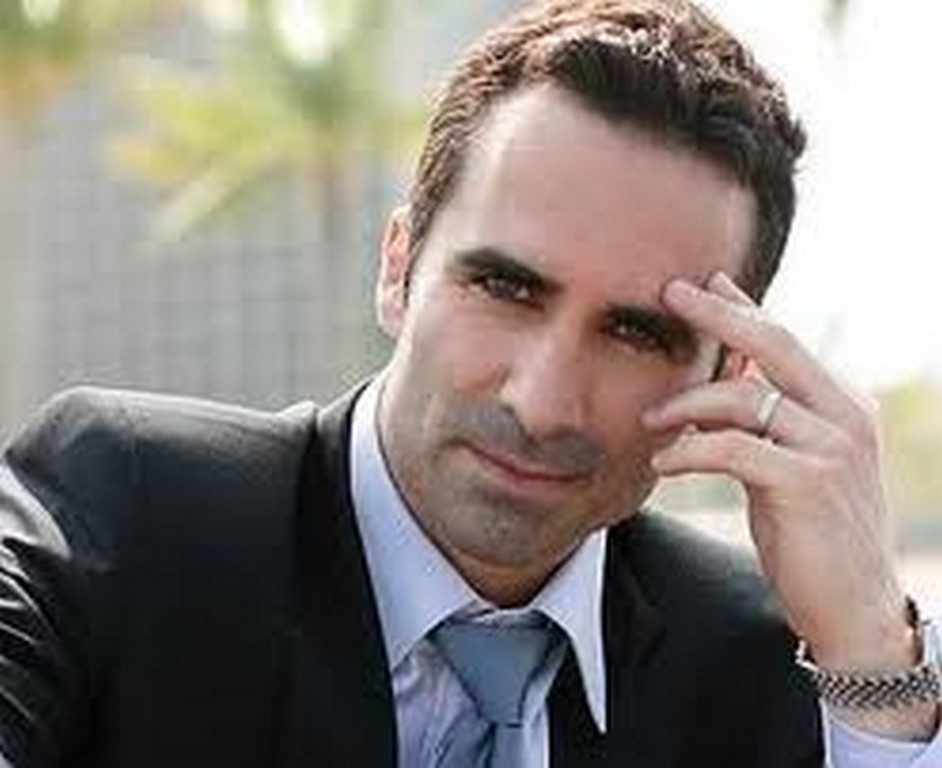 Nestor Carbonell - Wallpaper Actress