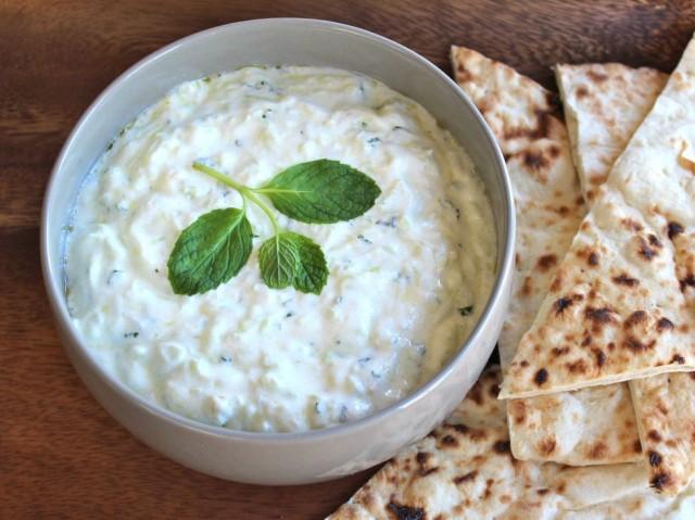 My Greek Cuisine Online: Tzatziki...absolutely the best garlic dip!