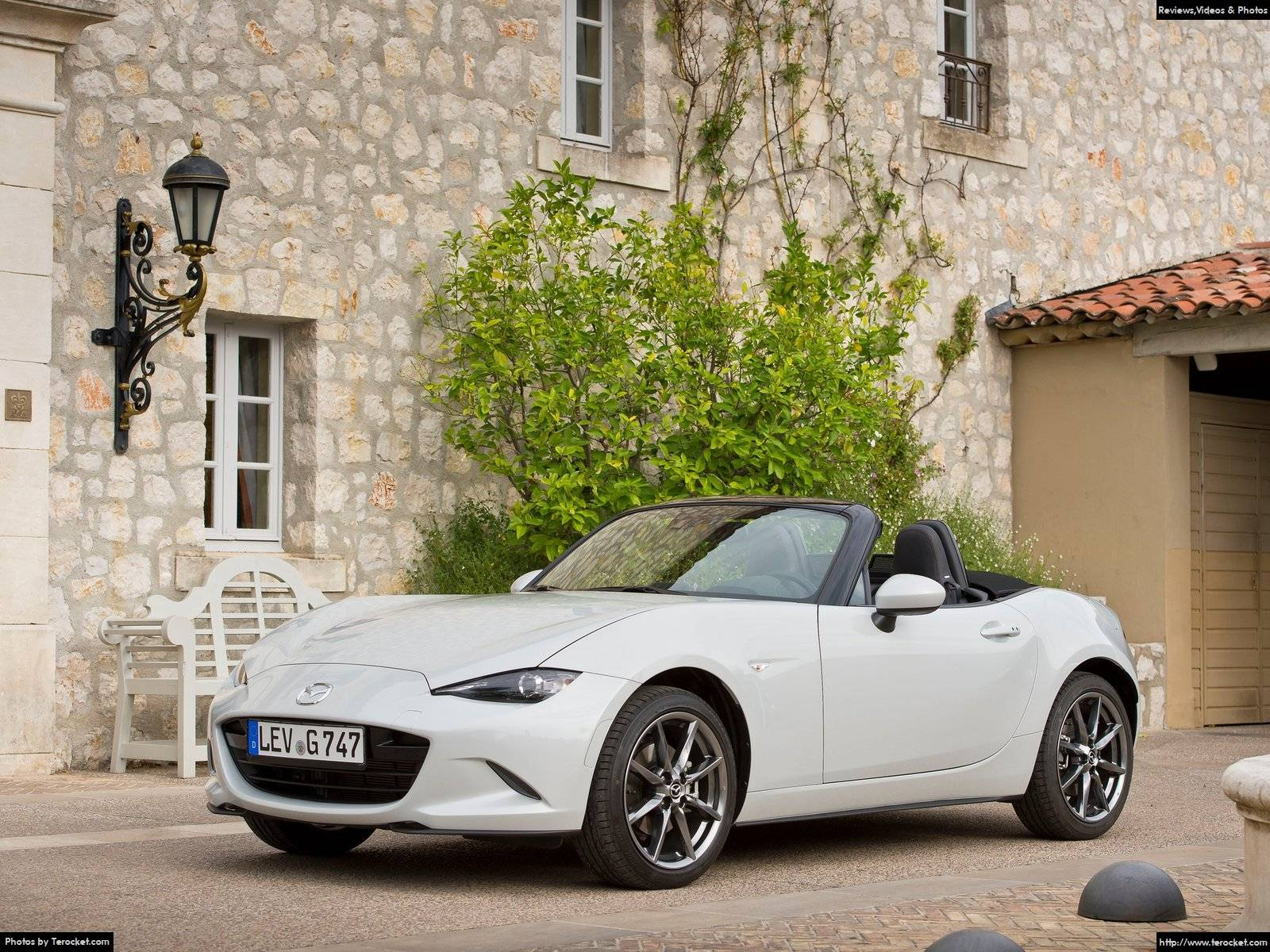 Hình ảnh xe ô tô Mazda MX-5 2016 & nội ngoại thất