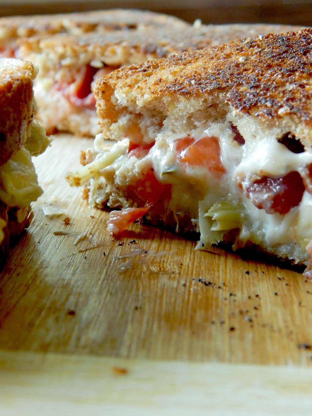 creamy tomato bacon artichoke grilled cheese (sweetandsavoryfood.com)