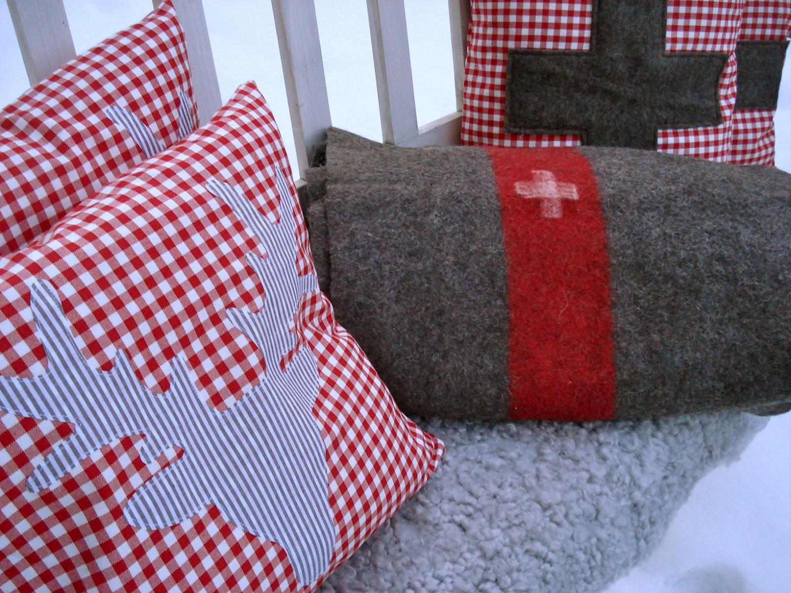 freuleinmimi hirsche f r 39 s bsinti. Black Bedroom Furniture Sets. Home Design Ideas