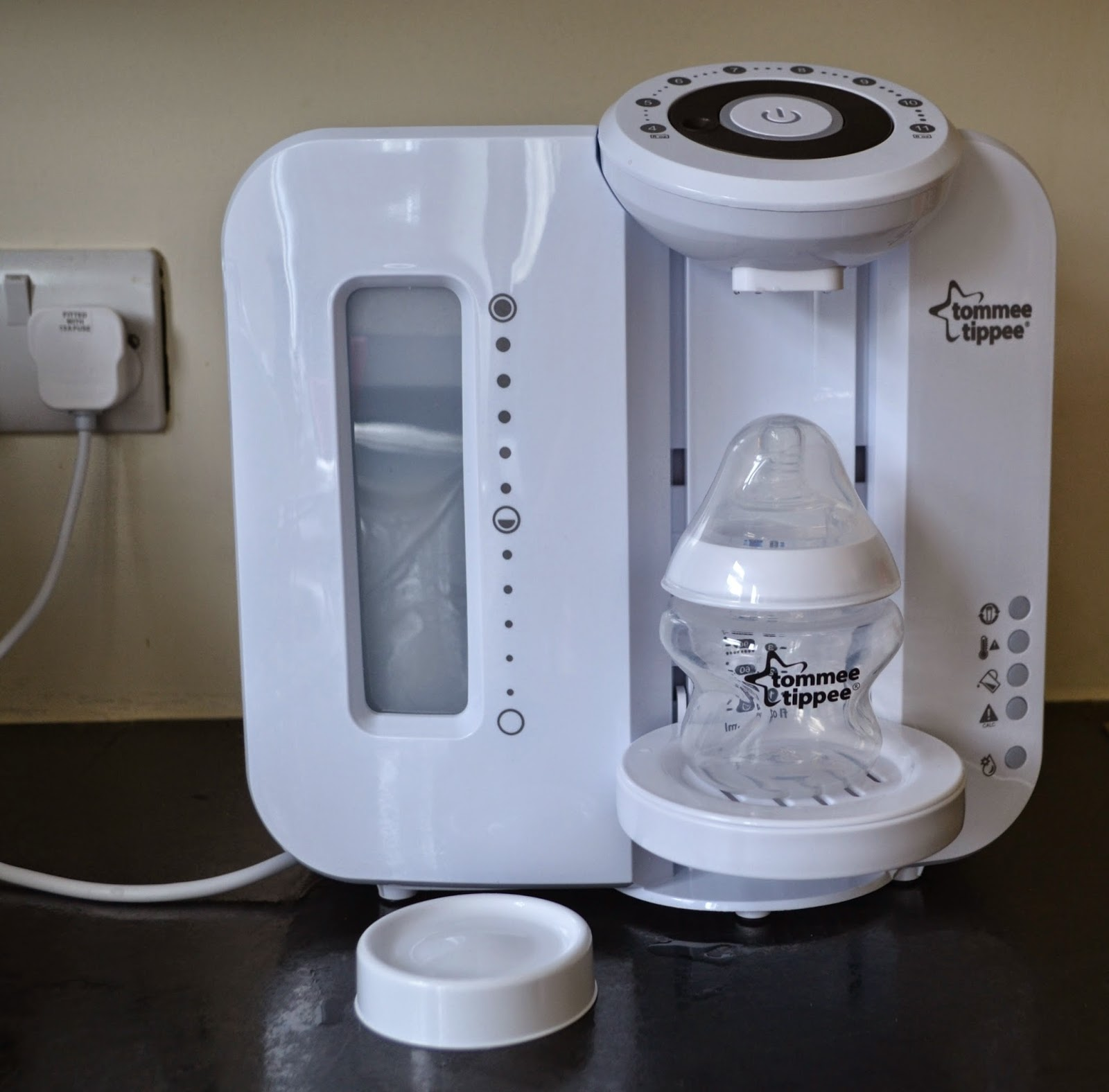 Life Through My Eyes Review Tommee Tippee Perfect Prep Machine