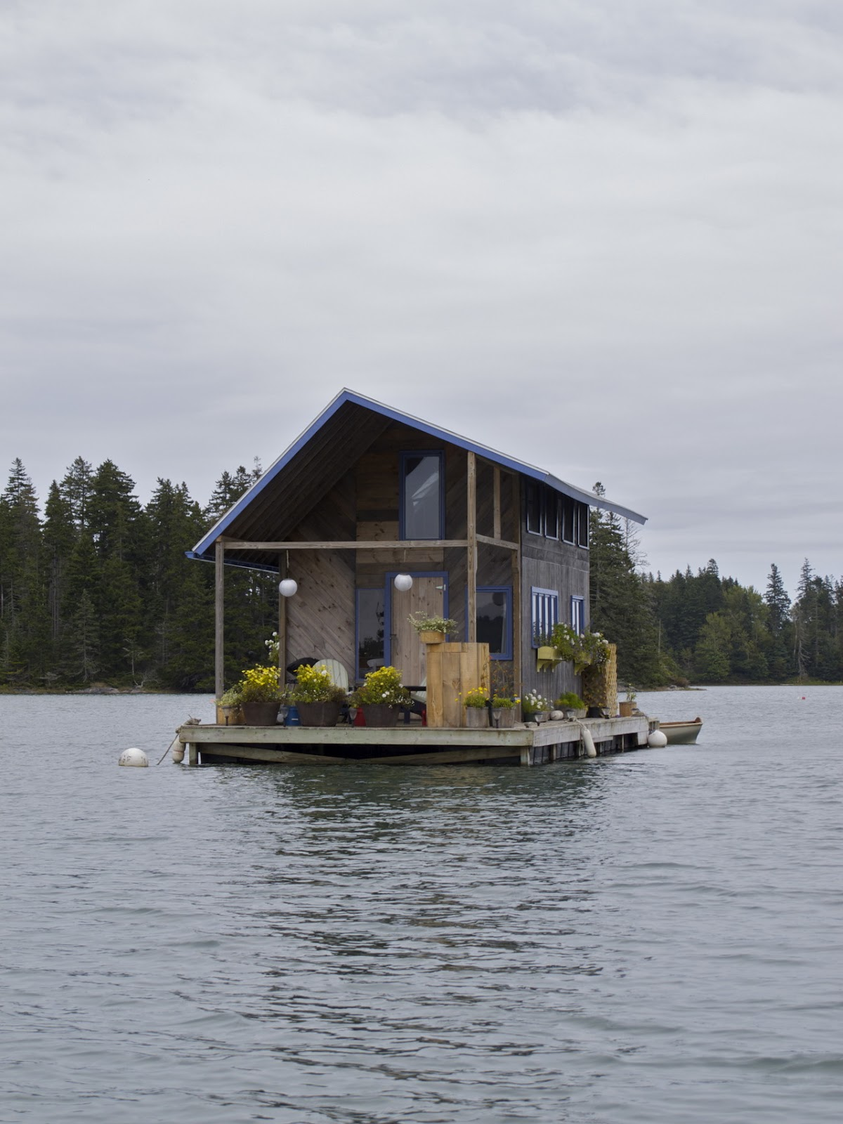 Honey I Shrunk The House: Floating house