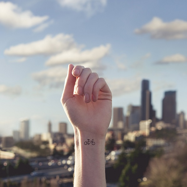 Express o tiny tattoos on the loose for Minimalist tattoo artist austin