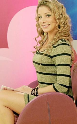 Sofía Franco con cabello frizado