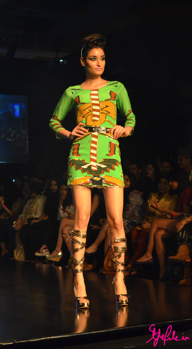 earthy tones abstract green dress roman sandals for pria kataria puri at lakme fashion week 2013