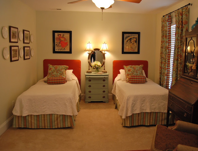 Happily ever before after week 12 guest bedroom for Guest room with twin beds