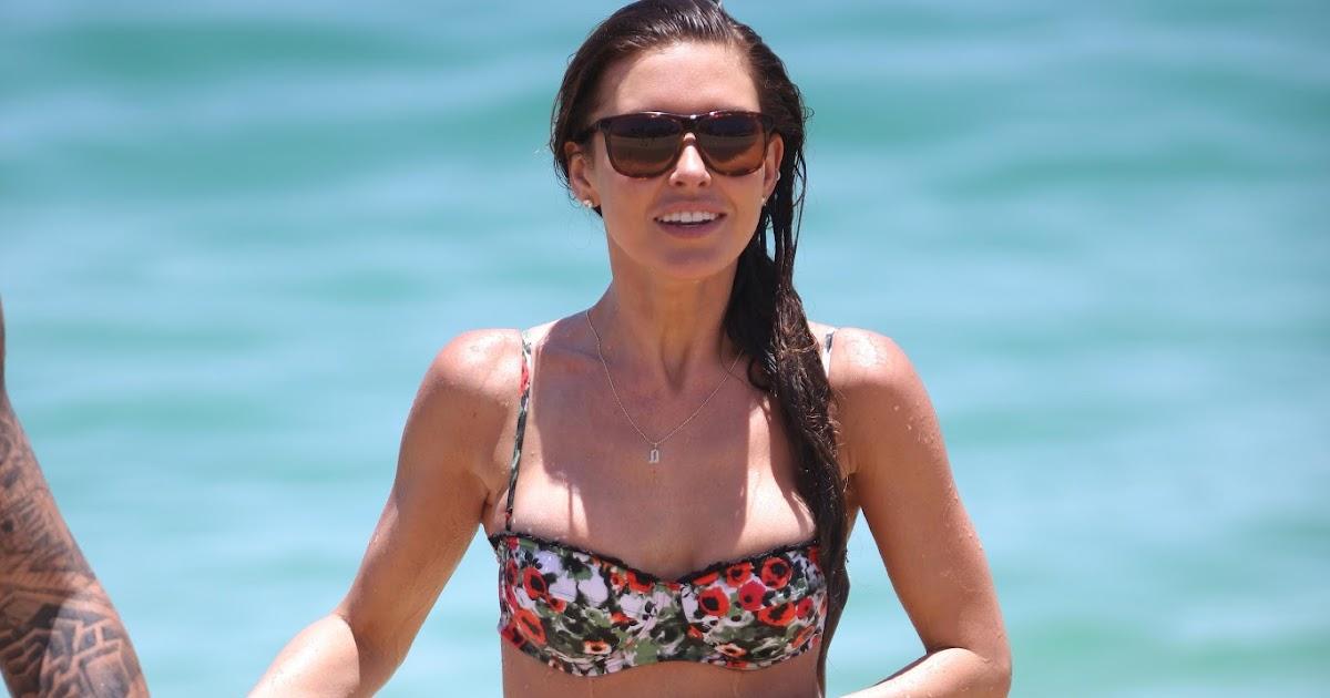 Bikini 2012 Hollywood