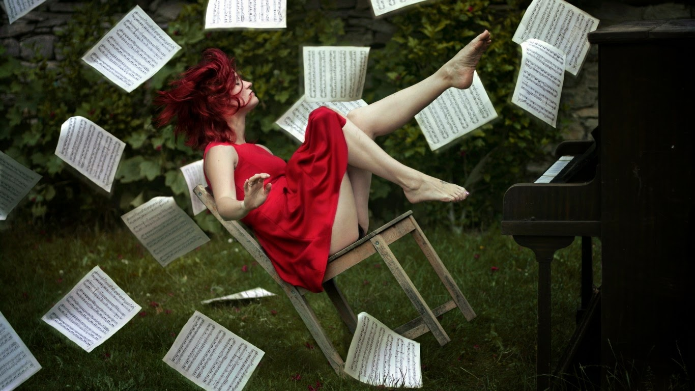 Как сделать чтобы на тома упал рояль