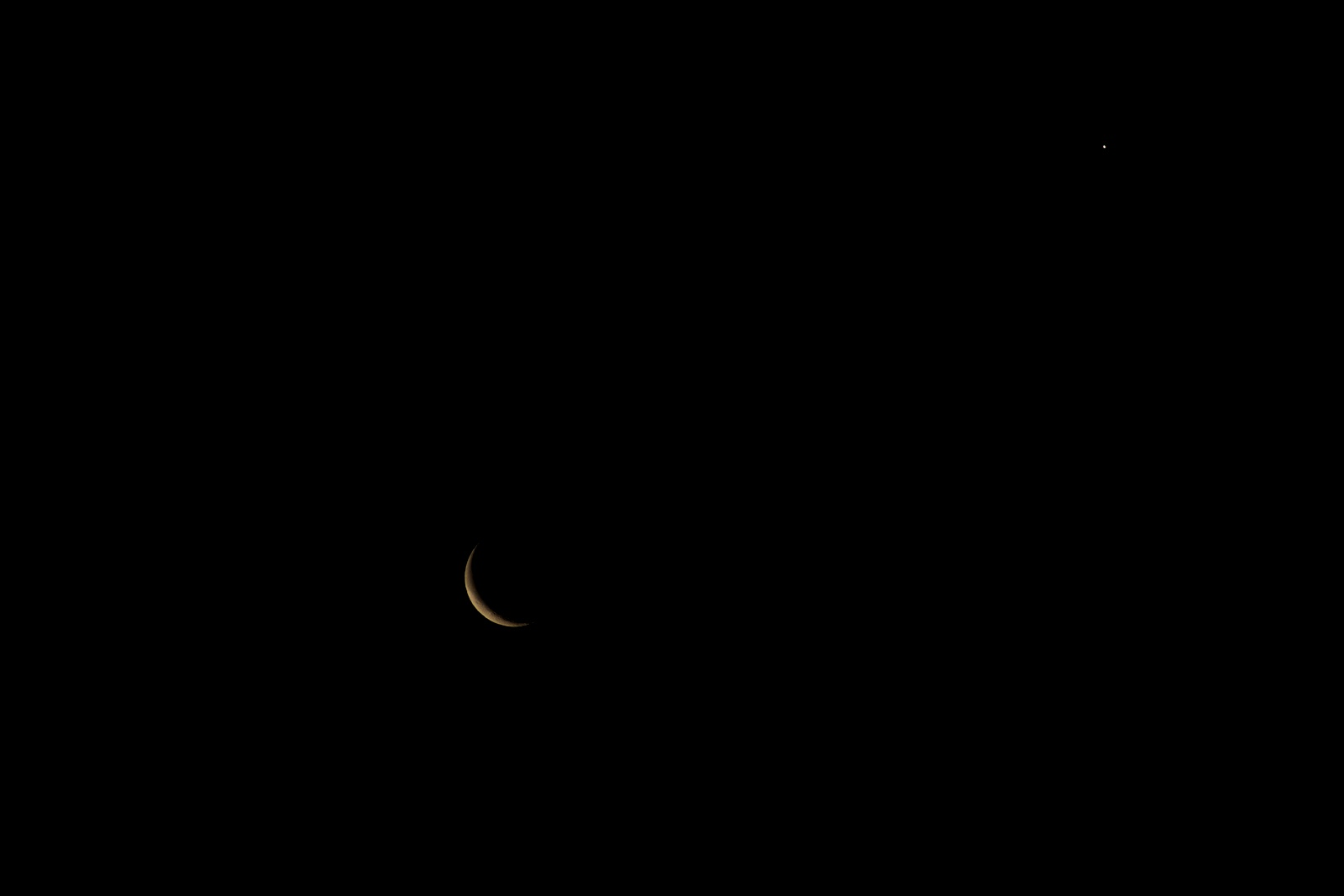 crescent moon conjunction with venus