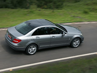 new mercedes benz c220 driving