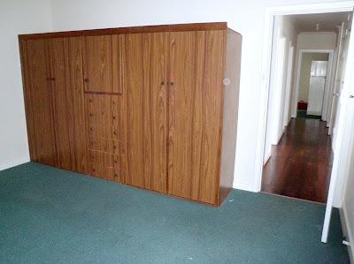 http://jarrahjungle.blogspot.com.au/p/master-bedroom.html