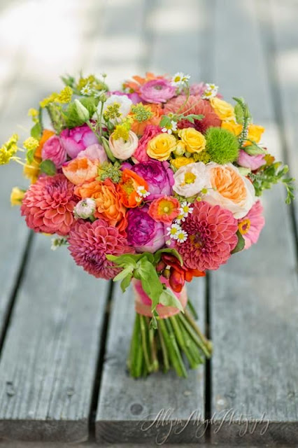 10 Fabulous Bouquets for Your Summer Wedding