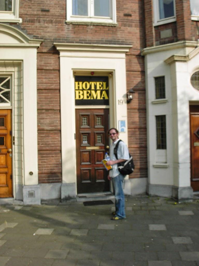 Hoteles amsterdam las mejores zonas donde alojarse yo for Hoteles en el centro de amsterdam