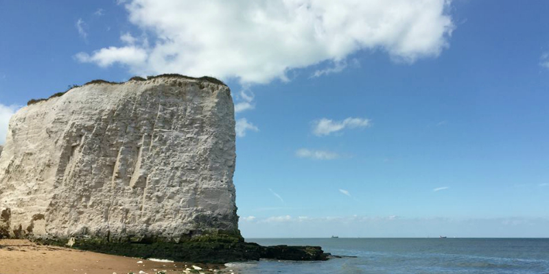 Botany Bay Broadstairs ... a perfect sandy beach for a family day out from London