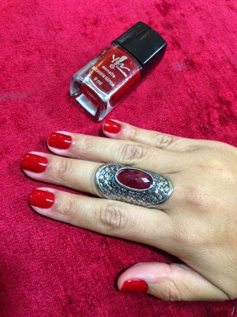 Esmalte vermelho Carmim - Luxomania Esmalteria