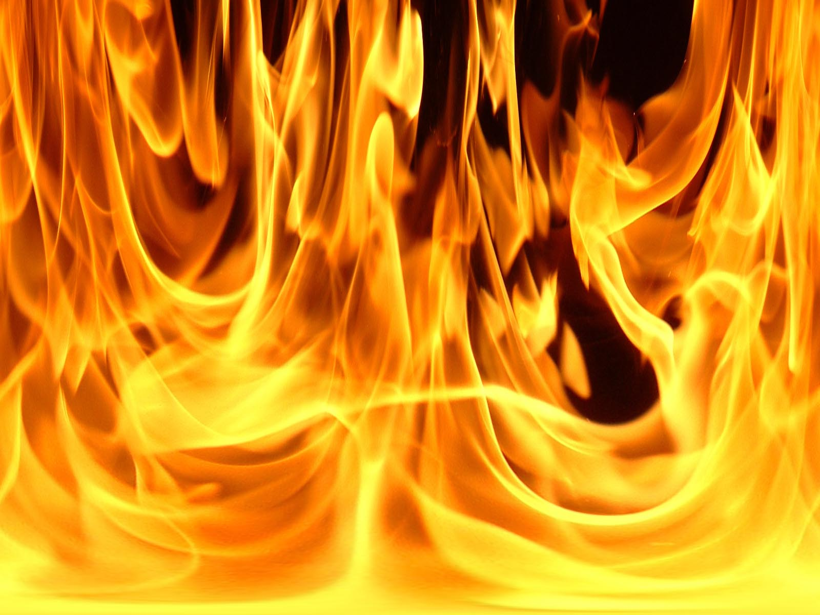 http://2.bp.blogspot.com/-mgt6H56Oezg/T3l0hq2pIQI/AAAAAAAABIE/ejs1GmaVncg/s1600/fire-desktop-wallpaper.jpg