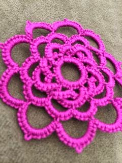 https://www.etsy.com/listing/191777842/tatted-lace-pendant-woven-rose-choose?