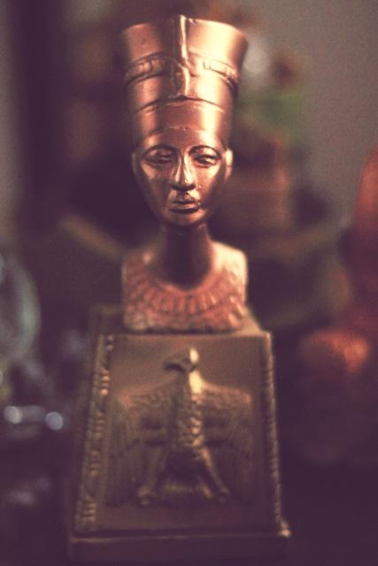Nefertiti bust copy. Photo by Julienne M.