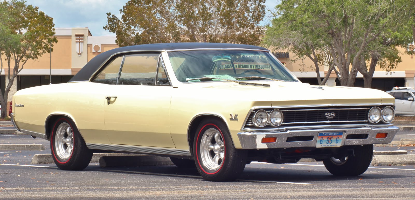 1966 Chevrolet Chevelle Super Sport ( 396ci / 375HP ) FOR $ale / 517-881-2331