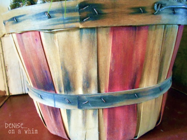 Festive Bushel Basket via http://deniseonawhim.blogspot.com