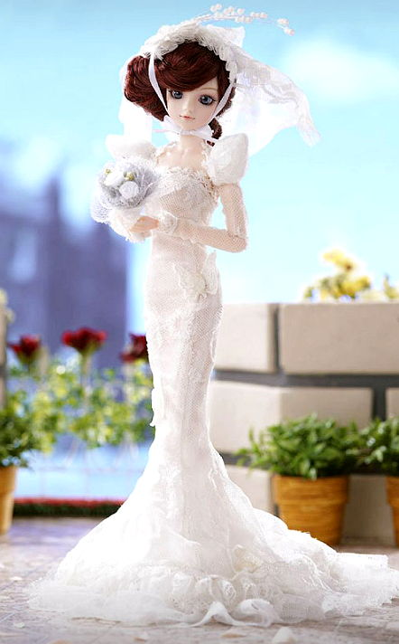 Wedding dress by WOW Barbie