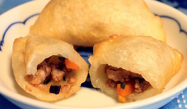 ham sui gok, ham sui kok, fried pork dumpling, dim sum