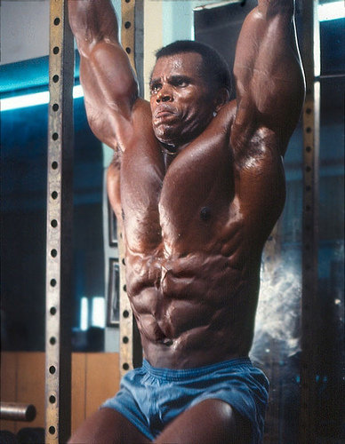 Why You Should Not Train Like Serge Nubret |IronGangsta