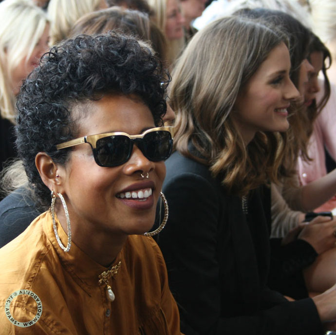 Kelis in gold black Chanel sunglasses at London Fashion Week. Photo: Jill Carin Adams, StreetStyle London
