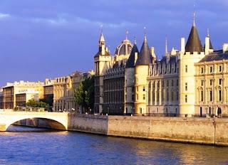 Tempat Wisata Di Paris - Conciergerie