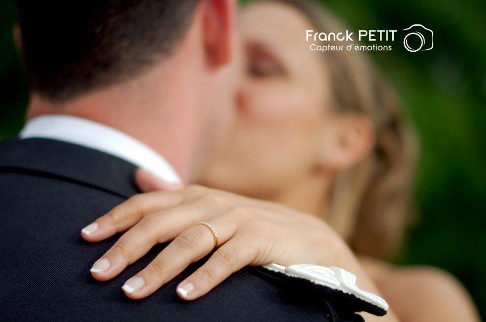 http://www.franckpetit-photographe.fr/mariage-anais-et-thomas-a-puymirol/