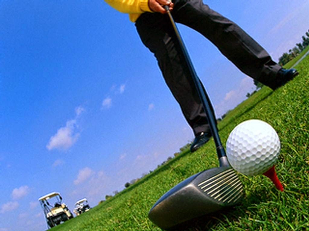 http://sportszooms.blogspot.com/2015/03/golf-sport-pictures-12.html