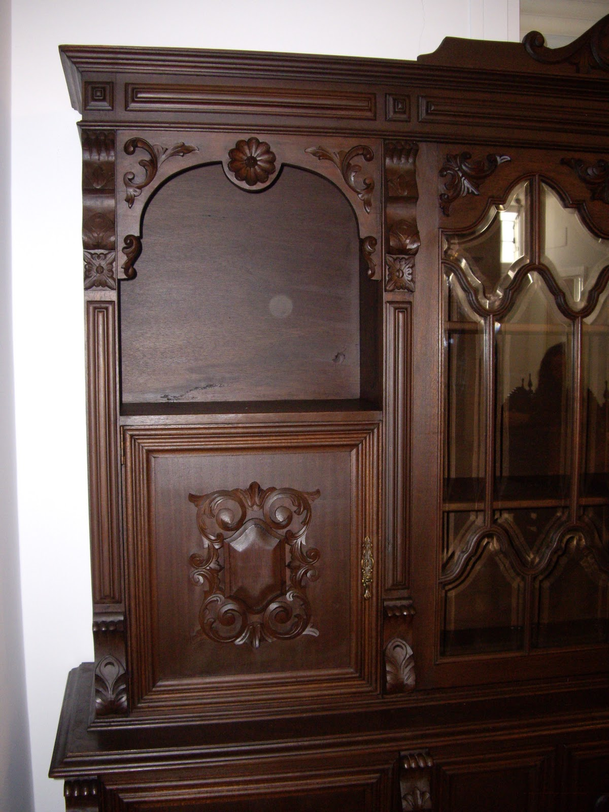 Antiguedades muebles de salon antiguo con mesa de comedor for Muebles de comedor antiguos